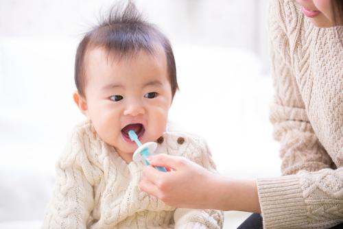 赤ちゃん歯ブラシ